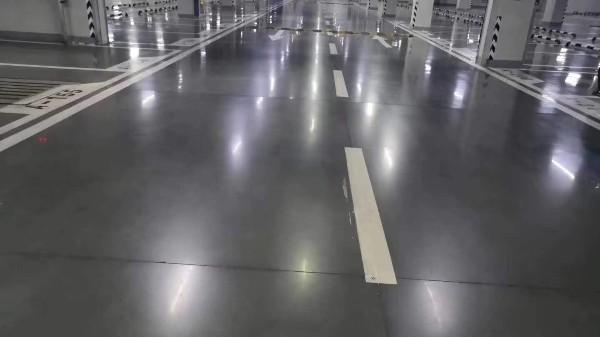 密封固化剂停车场地坪常见问题及解决方法