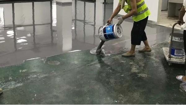 广东深圳某精密工业水泥自流平案例