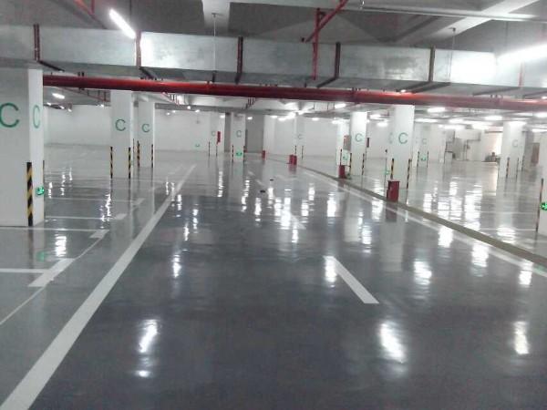 广州滨江瑞城地下停车场地坪案例