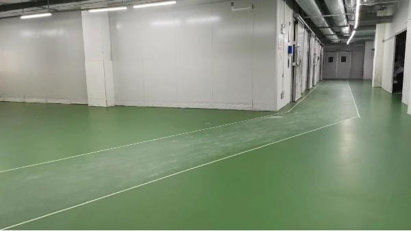 水性聚氨酯地坪出现粉尘、损坏的原因