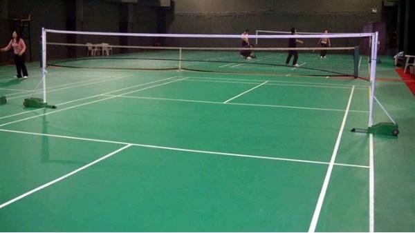 广东地坪漆厂家分享丙烯酸网球场验收标准