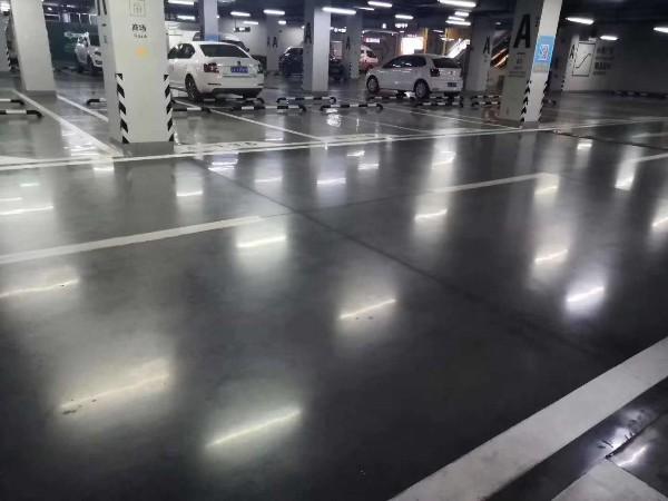 广州某小区地下停车场地坪案例