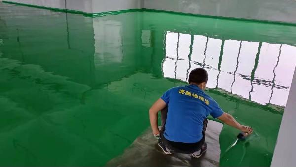 环氧地坪出现镘刀痕的原因及防治方法