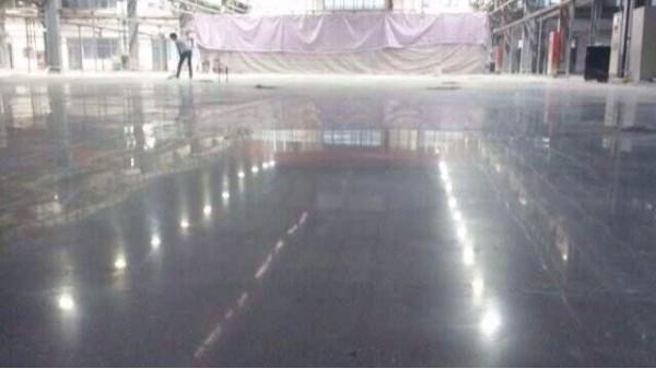 杰美地坪漆厂家分享:密封固化剂地坪